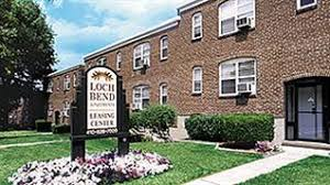 Loch Bend Apartments Is A Suburban Community With Spacious One Bedroom  Apartments. Conveniently Located In Towson Near The Beltway And The #3 Bus  Line, ...