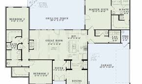 4 house plan beds baths main floor