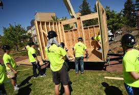 Small Picture University of Denver students build tiny houses for homeless program