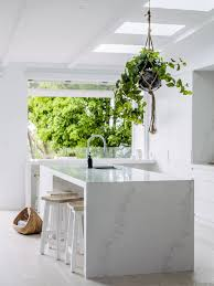 ways nail marble look kitchen bench top realestate benchtop installation veneer cutting laminate bunnings tops dark