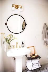 Best 25+ Vintage bathroom decor ideas on Pinterest | Half bathroom decor,  Rustic bathroom decor and Bathroom ideas