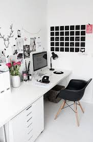 Black and white office design Photography Stark White Office With Cool Chalk Board Calendar Artfifteenco 30 Gorgeous Home Office Designs