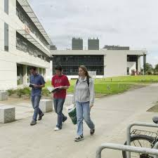 Dun Laoghaire College Of Art And Design More Than 6 000 Students Drop Out Of College In First Year