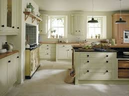 Traditional kitchen ideas High End Home Great Traditional Kitchen Designs For Small Kitchens Kitchen Ideas Blue Ridge Apartments Great Traditional Kitchen Designs For Small Kitchens Kitchen Ideas