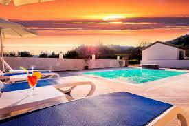 Luxury Villa Matzourana Luxus Ferienhaus Am Meer In Tsoukalió Auf