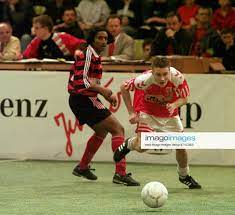 Daimler Benz Junior Cup 1998 Sindelfingen Glaspalast VfB Stuttgart Vejle BK  2 3 li Giuseppe Perrino (VfB
