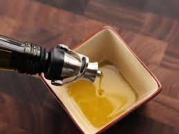 20160328 olive oil pourer review 2 jpg