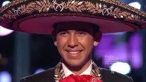 "Alan Ponce canta ""La enorme distancia"" en ""La Voz Kids"" - YouTube"