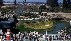 something i ve never noticed before disneyland disney  something i ve never noticed before disneyland 1956
