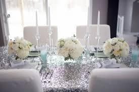 white table settings. Silver And White Table Setting Idea {via Exquisitegirl.com} Settings E