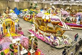 Rose Bowl Float Decorating Rules Visitor Guide To The Pasadena Rose Parade 13