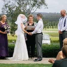 Wendy Mills Marriage Celebrant | Marriage Celebrant Sydney | Easy Weddings
