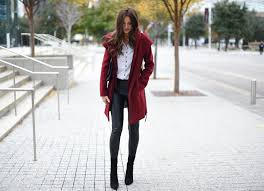 it sure does feel like winter and i wanted to share with you guys my favourite winter coat from soia and kyo i bought this coat a couple years ago and i