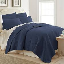 Buy Navy Blue Quilt from Bed Bath & Beyond & Ocean View Twin Quilt in Navy Adamdwight.com