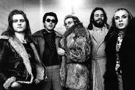 Eno, who recently confirmed he'll rejoin roxy music in the studio for a new album, was also growing apart from frontman bryan ferry when. The Swaggering Love Song That Launched New Wave Wsj