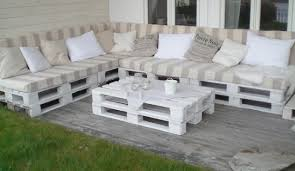 Pallet Couch Outdoor