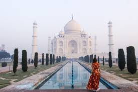 the best time to visit the taj mahal