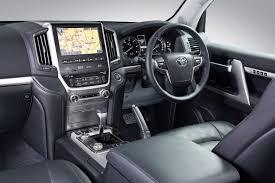 Toyota Land Cruiser 200 (2015) First Drive - Cars.co.za
