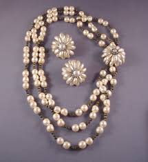 miriam haskell necklace and earrings of pearls petals