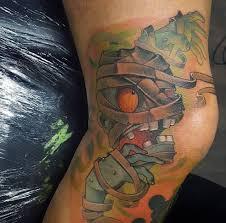 значение тату на коленях фото и эскизы татуировок на коленях в