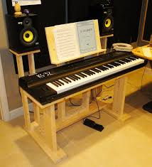 new keyboard stand need one