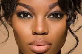 how to apply make up on dark skin