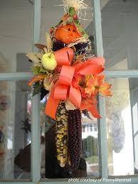 front door hangingsFront Door Wreaths to Beautify Your Home