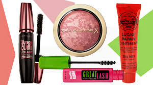 10 beauty s makeup artists keep in their kits