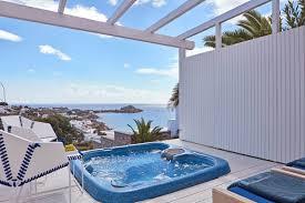 Outdoor Jacuzzi True Blue With Outdoor Jacuzzi Luxury Hotel In Mykonos