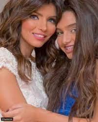 صورة الإعلامية إيمان الحصري وابنتها تشعل الأجواء - ليالينا