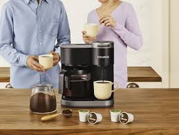Since the summer is obviously peak iced coffee season and anyone in their right mind can't be bothered with drinking hot coffee, i had to jump into gear to get my caffeine fix. Coffee Maker Review Keurig K Duo Vs Keurig K Duo Plus