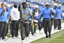 Los angeles chargers / coach Chargers Coach Anthony Lynn Realizes His Job Is In Danger Los Angeles Times