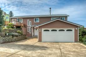 central oregon garage doorOregon Coast Real Estate Advantage Real Estate