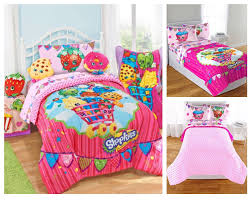 reversible little girls bedding sets in red and pink colors