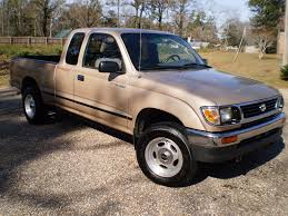 1996 Toyota Tacoma Xtra Cab 4WD (4x4) Specifications ...