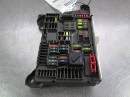 power dist junction block fuse relay box trunk 693168704 oem bmw power dist junction block fuse relay box trunk 693168704 oem bmw x6 e71 08 14
