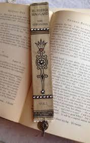 vine book spine bookmark