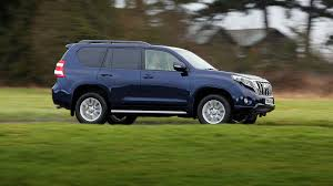 Toyota Land Cruiser 3.0 D-4D Icon (2015) review by CAR Magazine