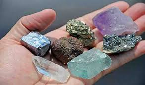 What is the Difference Between a Mineral and a Mineraloid? - Geology Page