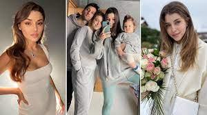 Sen Çal Kapımı'nın yıldızı Hande Erçel'in Gamze Erçel, eniştesi ve yeğeni  Mavi ile ayna pozları sosyal medyayı salladı