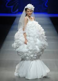 17 most ridiculous wedding dresses brides actually got married in