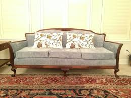 Old Couches Re Upholstering An Antique Sofa The Diy Way Remodelicious