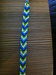 picture of how to make a chevron friendship bracelet
