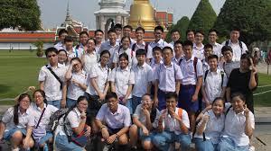Best School Uniform Designs In The World School Uniforms By Country Wikipedia