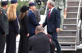 u s department of defense photo essay president george w bush right meets u s air force brig gen