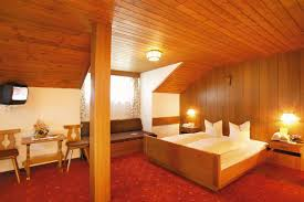 e g a room with four beds 32 m² 345 sq ft bathroom 4 m² 43 sq ft or a room with three beds 17 m² 183 sq ft bathroom 3 m² 32 sq ft