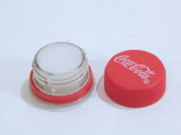 how to make a coca cola lip gloss container