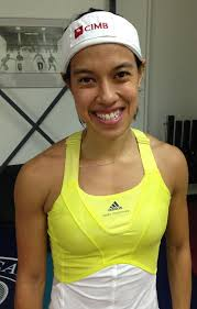 Second match on the championship court was seven time world open champion and world #1 Nicol David against Australian Donna Urquhart ... - carolw67