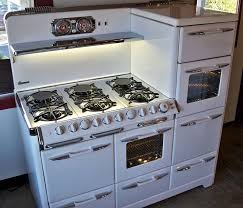 The Kitchen Appliance Store I Want Okeefe And Merritt Vintage Stoves Pecans Pecan Pies
