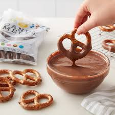Wilton Light Cocoa Candy Melts Wilton Light Cocoa Candy Melts 340g